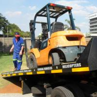 We offer the use of our 2.5ton forklift and driver for onsite use during onsite packing.